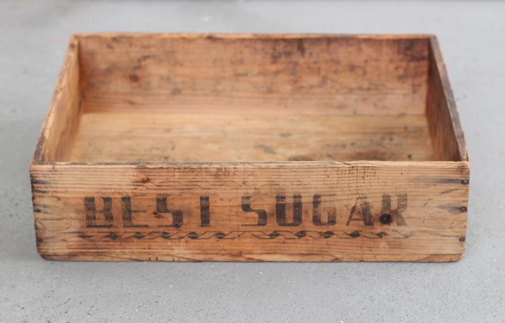 木味の良い木箱