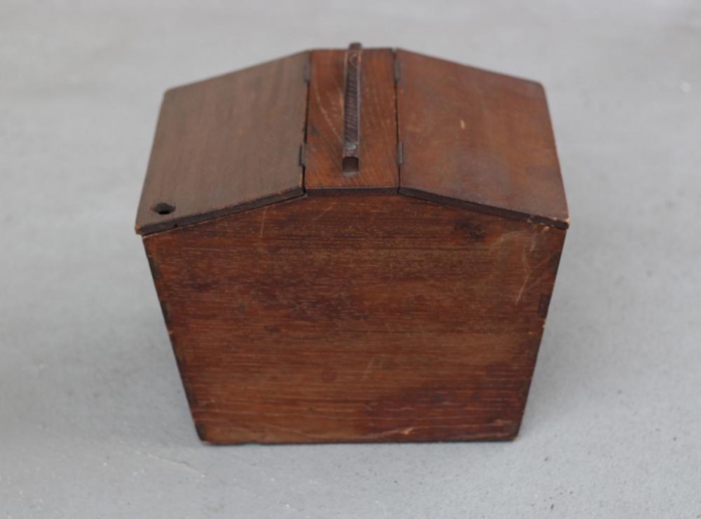 六角形の木の収納ボックス