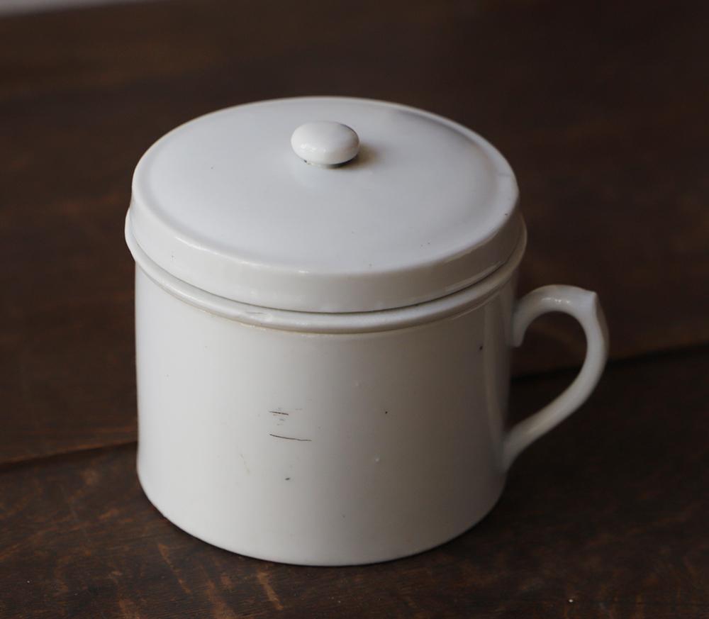 白磁のタンツボ(痰壺)灰皿やハイドロカルチャー容器として