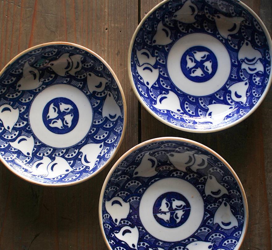 波千鳥の可愛い印判5寸皿